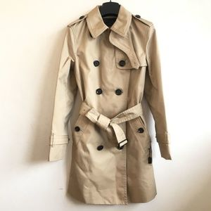 Coach petite trench coat exclusive to asian market